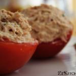 tomate aux rillettes de thon