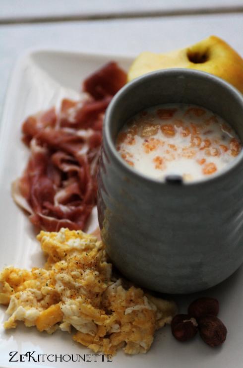 petit déjeuner jambon oeuf muesli