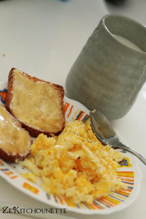 petit déjeuner biscotte miel