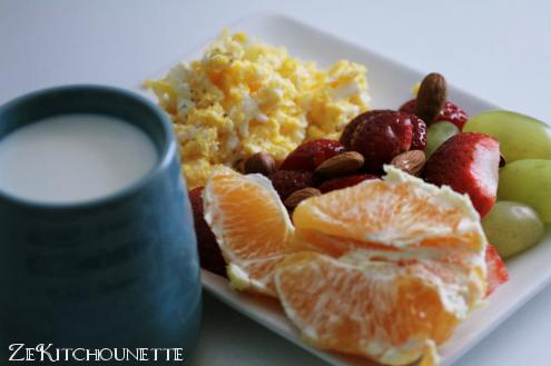 Petit déjeuner aux fruits