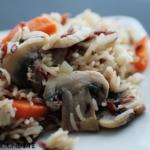 riz sauvage champignons, carottes, thym