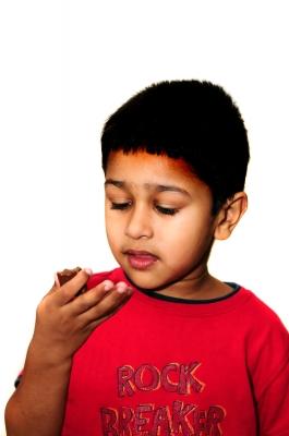 Chocolat mangé par enfant