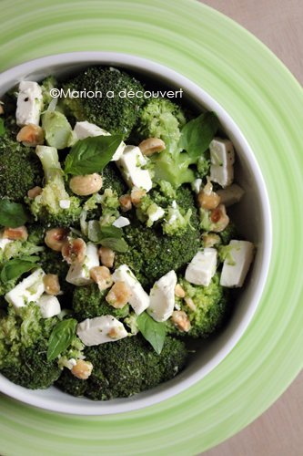 Salade Brocoli féta et noisettes