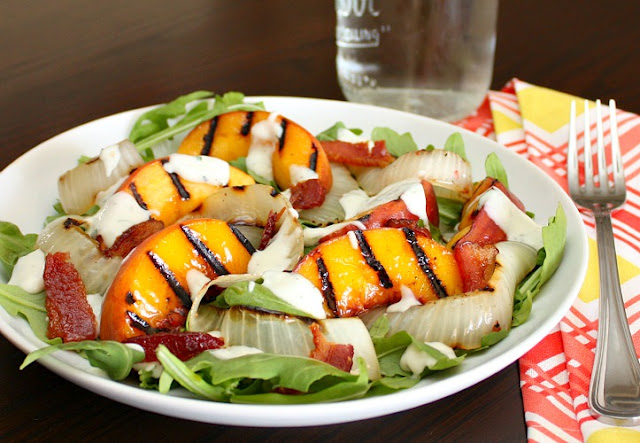 Salade de pêches grillées