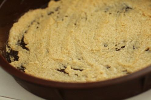crème sucre beurre etalé sur le plat