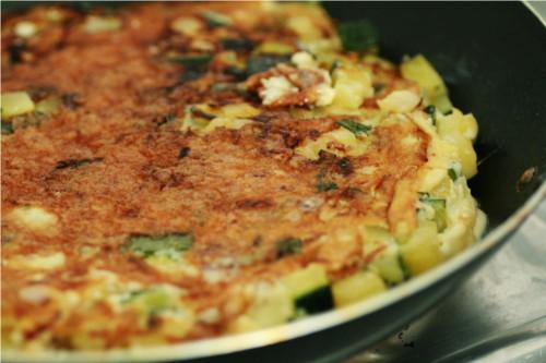 omelette cuite sur le dessous