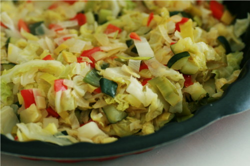 légumes dans plat à tarte