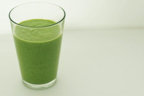 smoothie épinard avocat kiwi