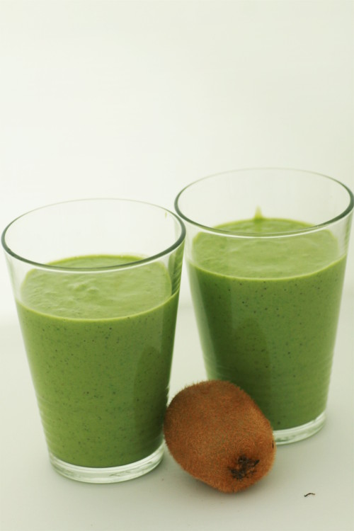 smoothie épinard kiwi avocat