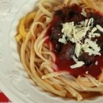 spaghettis bolognaise sucrées (crêpes, fraises, brownie)