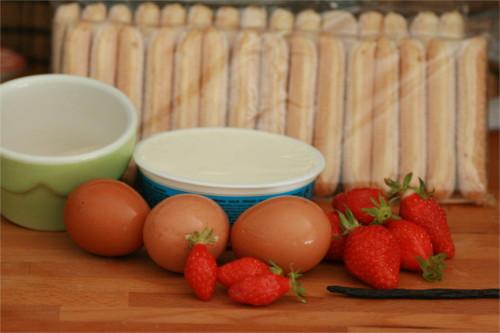 ingrédients charlotte aux fraises