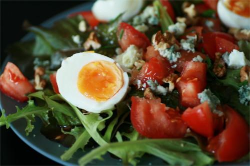 salade d'été roquefort noix, figue abricot primale
