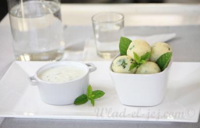 Boulettes de pommes de terre sauce au yaourt