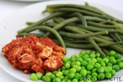 poulet effiloché aux épices accompagnement petits pois haricots verts