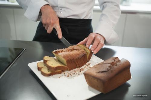 Découpage du cake aux mangues